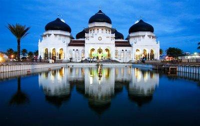 1.masjid raya baiturrahman-aceh-indonesia